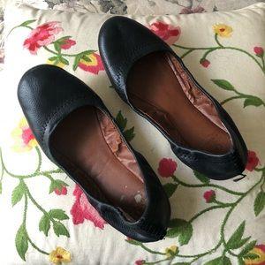 Lucky brand black leather flats Sz 6